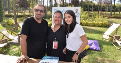 """Masterchef Mehmet Yalçınkaya Ye İç Eğlen Festivalinde """"Denizden"""" Kitabını İmzaladı."""